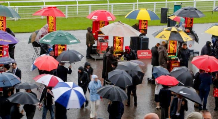 Bangor-on-Dee on course bookmakers