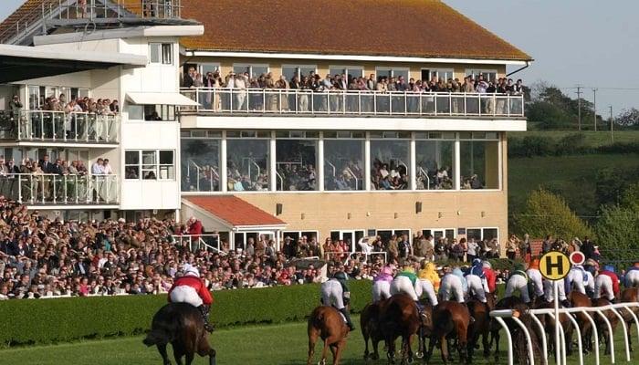 Wincanton Racecourse Guide