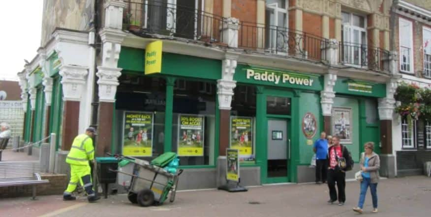 Paddy Power Betting Shop Dartford High Street